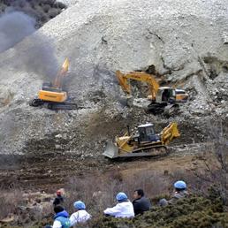 https://i0.wp.com/i.res.24o.it/images2010/SoleOnLine5/_Immagini/Notizie/Asia%20e%20Oceania/2013/03/minatori-tibet-258.jpg