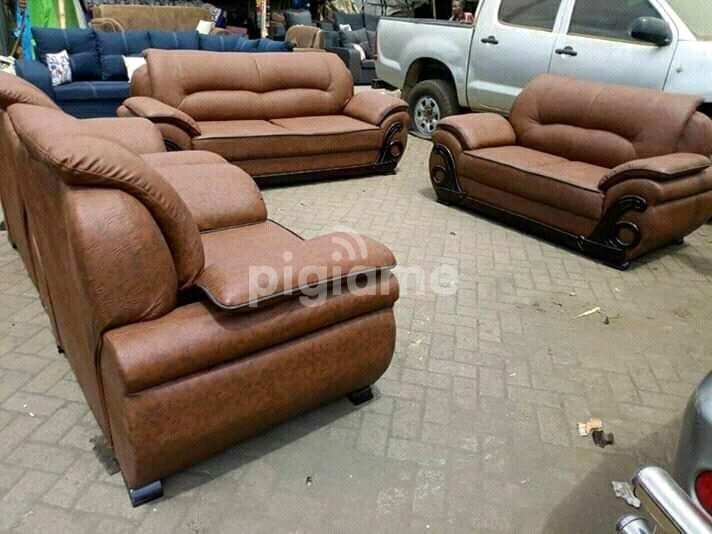 200 leather sofas for sale ❤ starting from ➔ ksh 15000 in kenya ➔ choose and buy today! Leather sofa in Nairobi | PigiaMe