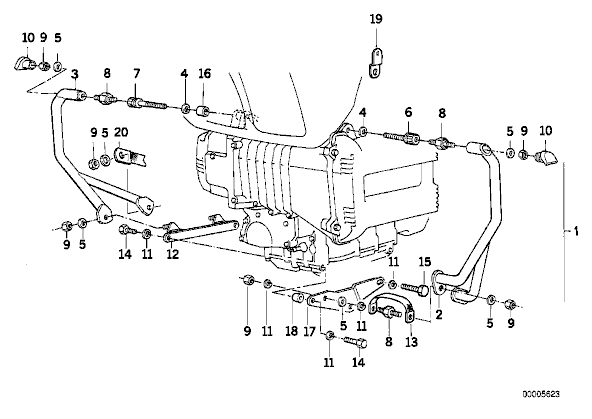 K1100LT : Montage pare cylindres