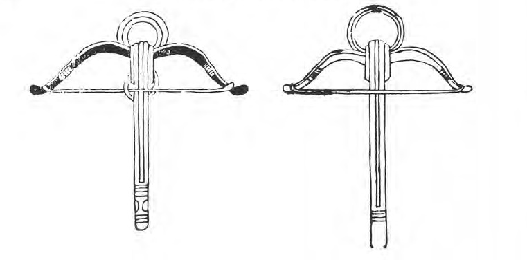 Medieval crossbows with circular stirrups