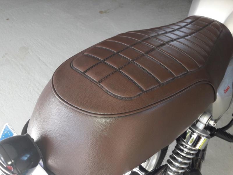 peinture bombe avec sticker motos