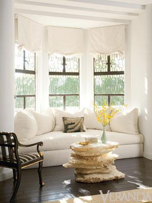 really small corner sofas mitc gold bob williams london sofa 50 cool bay window decorating ideas - shelterness