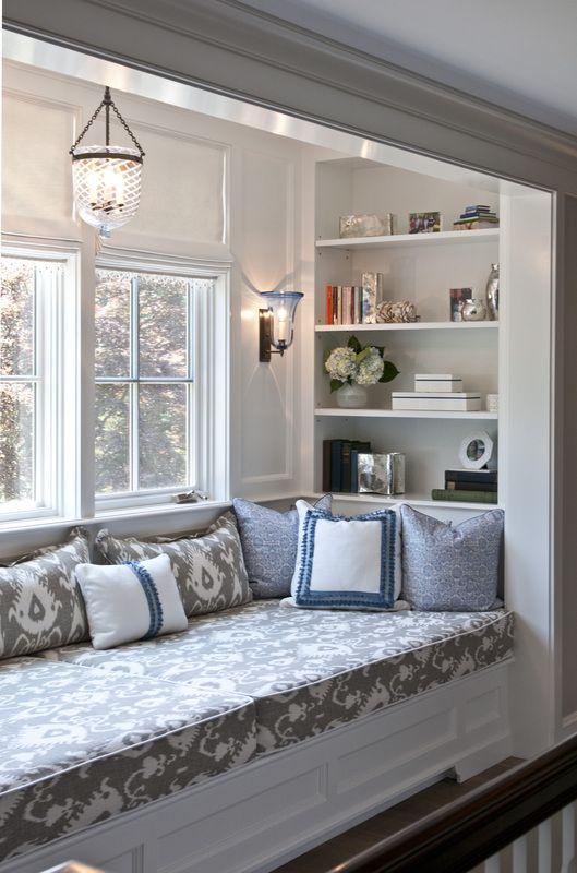 bay window sofa seating suitable for dogs 50 cool decorating ideas - shelterness