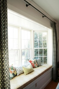 50 Cool Bay Window Decorating Ideas