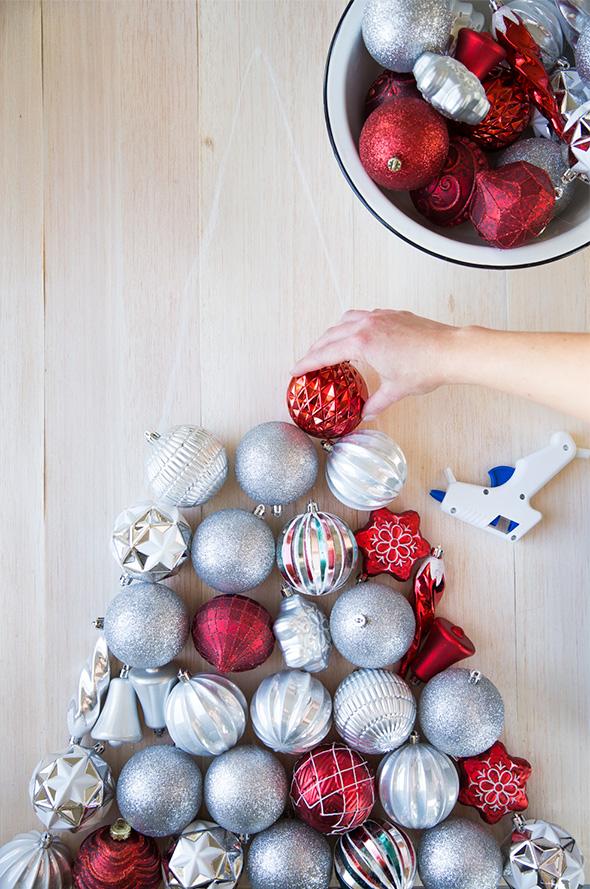 Beautiful DIY Wall Ornament Christmas Tree  Shelterness