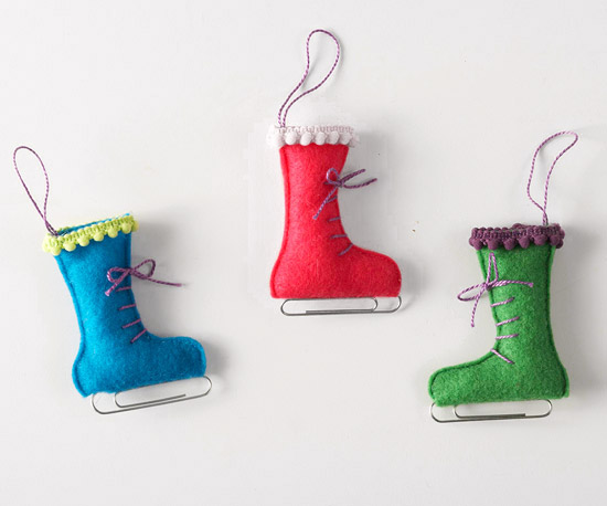 Felt Ice Skate Ornament Via Swoodsonsays