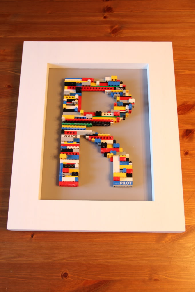 11 DIY LEGOInspired Crafts For Kids And Adults  Shelterness