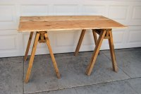 12 Rustic-Inspired DIY Sawhorse Tables And Desks - Shelterness
