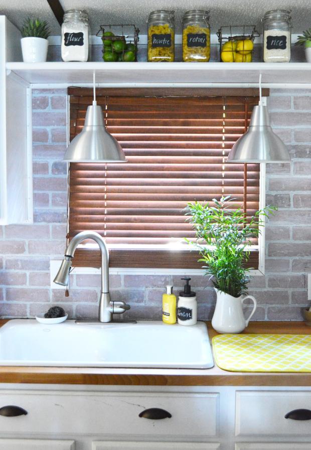 5 Chic DIY Brick And Faux Brick Kitchen Backsplashes