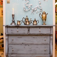 Beach Kitchen Cabinets Gray Table 13 Diy Whitewash Furniture Projects For Shabby Chic Décor ...