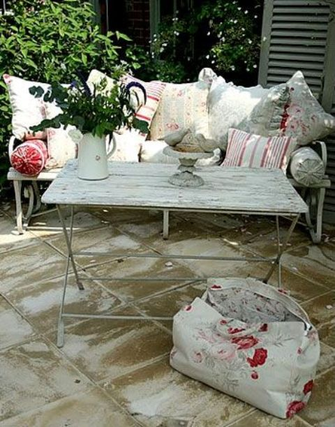 chair slip cover short high 27 shabby chic terrace and patio décor ideas - shelterness