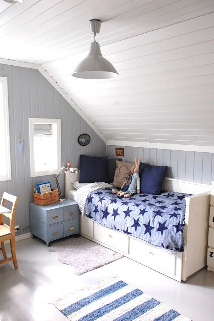 30 Cozy Attic Kids Rooms And Bedrooms Shelterness