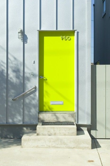 26 Bold Front Door Ideas In Bright Colors Shelterness