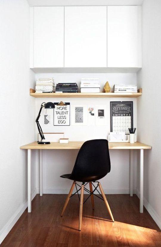Angolo Studio In Soggiorno Moderno