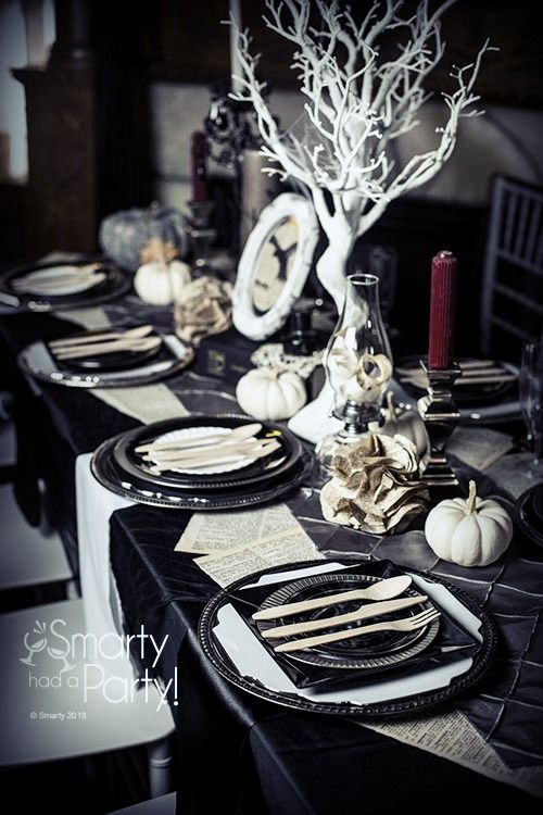 18 Halloween Tablescape Ideas With Impeccable Taste  Shelterness