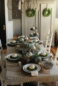 27 Cozy And Eye-Catching Thanksgiving Table Settings ...