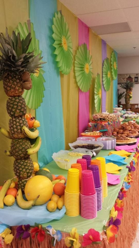 31 Colorful Luau Party Decor And Serving Ideas  Shelterness
