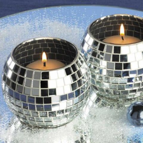 21 Sparkling Disco Ball Dcor Ideas For Winter Parties