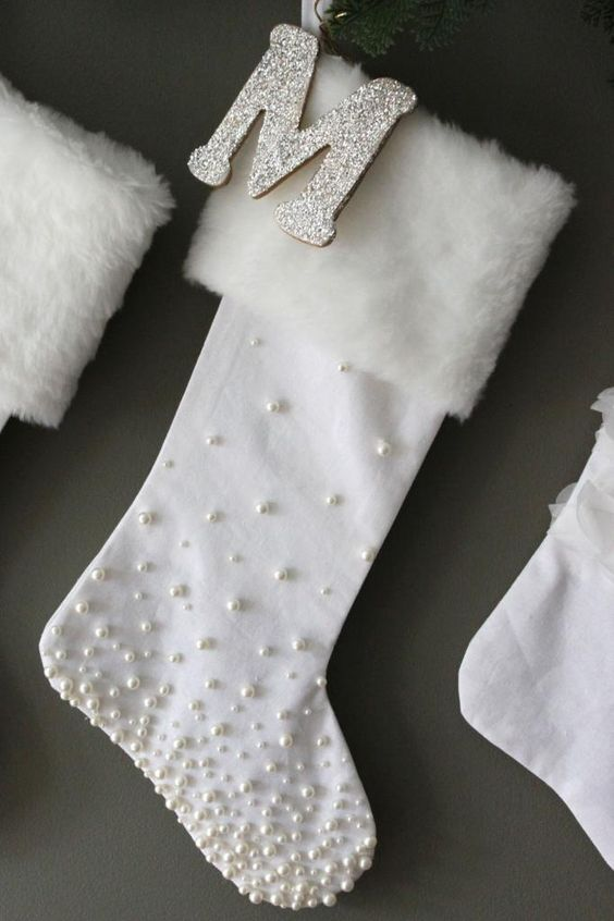 images of chair covers repairing leather chairs 24 cozy faux fur christmas décor ideas - shelterness