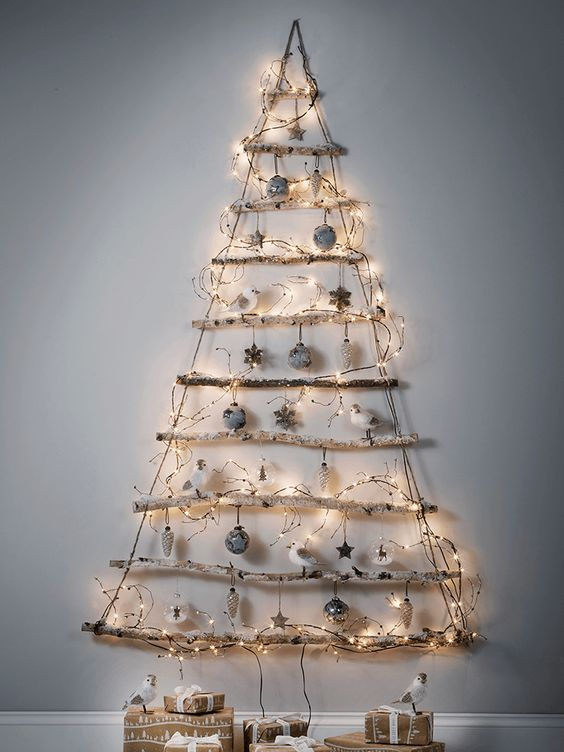 26 wall christmas trees