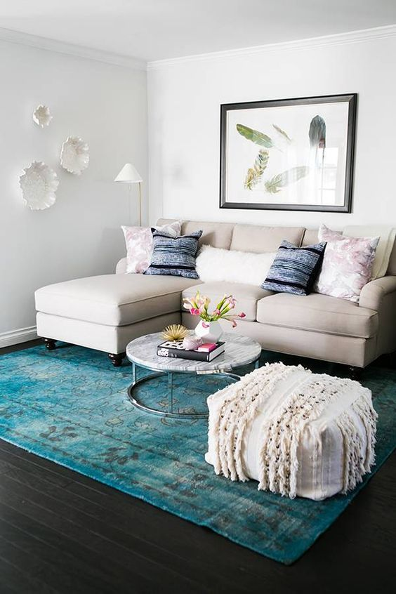 ideas for a small living room pictures cafe la jolla menu how to arrange 20 shelterness turquoise rug is the only colorful piece here and it makes statement