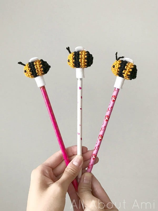 DIY amigurumi bees for kids (via www.allaboutami.com)