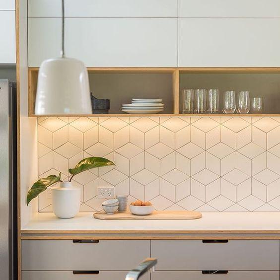 15 edgy geometric kitchen backsplashes