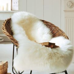 Colorful Accent Chair Dunlop Fishing 15 Faux Fur Home Decor Ideas To Cozy Up The Space - Shelterness
