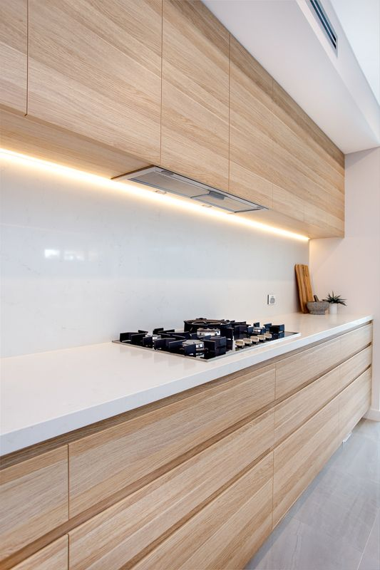 kitchen wood cabinets cost of refacing 15 trendy looking modern kitchens shelterness light colored wooden with a white backsplash and countertops look very chic
