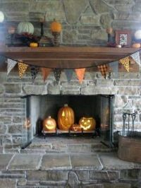 How To Style A Fireplace For Halloween: 15 Ideas - Shelterness