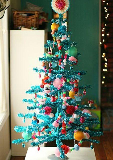 15 Bold Turquoise Christmas Decor Ideas  Shelterness