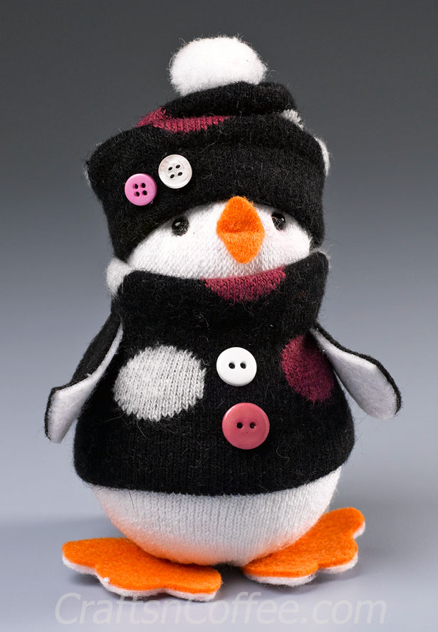12 Fun And Cute DIY Penguin Crafts For Winter  Shelterness