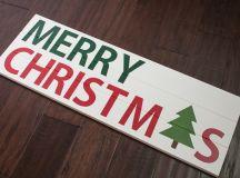 DIY pallet and stencil Christmas sign (via www.keystoinspiration.com)