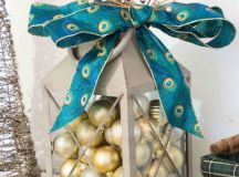 DIY Christmas lantern with ornaments (via www.practicallyfunctional.com)