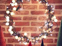DIY globe lights Christmas wreath (via abubblylife.com)
