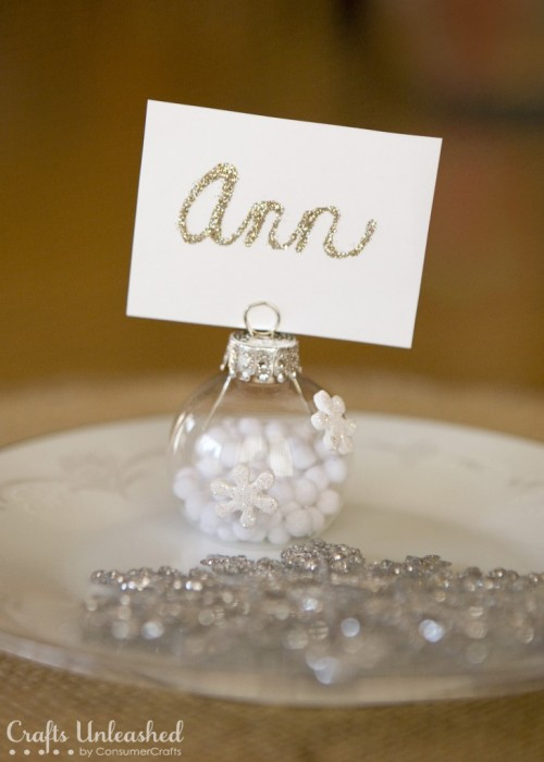 12 Awesome Christmas Place Card Holders Shelterness