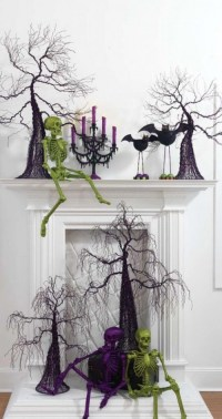 15 The Best Halloween Fireplace Mantels Around The ...