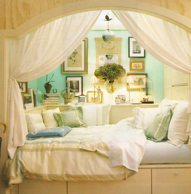 Cool Alcove Bed