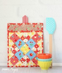 DIY Colorful Potholder With Various Patterns - Shelterness