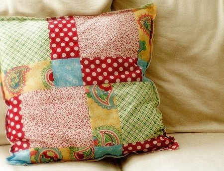 poang chairs gliding chair cushion replacement 12 diy patchwork pillows that are easy to make - shelterness