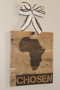 17 DIY Rustic Wall Art Pieces And Clocks - Shelterness