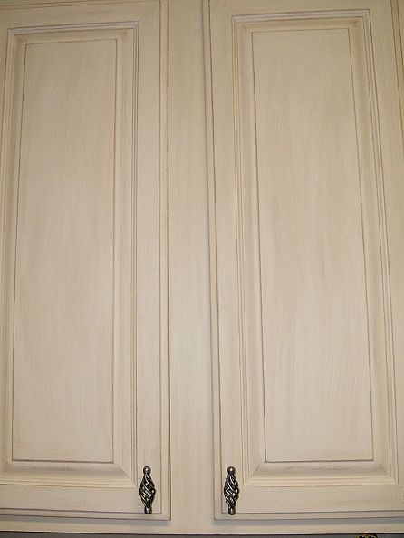 6 DIY Whitewashed Cabinets For Cozy Shabby Chic Dcor  Shelterness