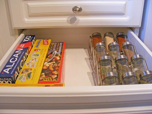 10 Ideas To Organize Spice Storage In A Drawer  Shelterness