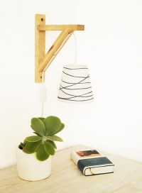 Simple DIY Gallows Wall Lamp To Make - Shelterness
