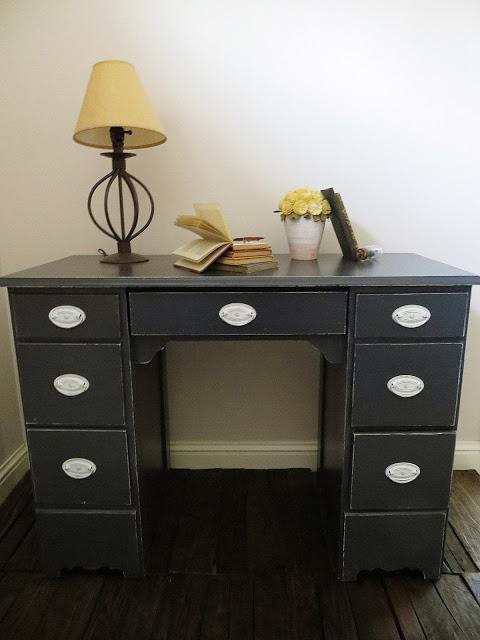 8 Stylish And Cool DIY Shabby Chic Desks  Shelterness