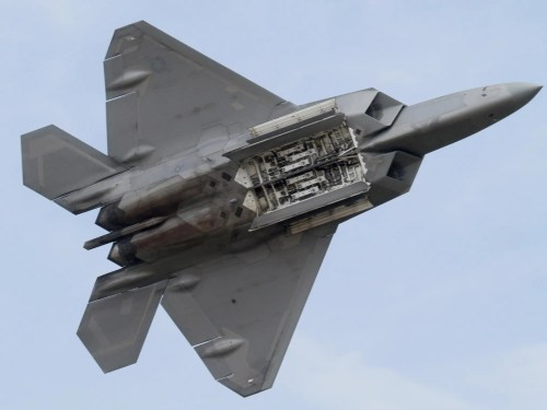 small resolution of the lockheed martin boeing f 22 raptor is a single seat twin engine fifth generation super maneuverable fighter aircraft that uses stealth technology