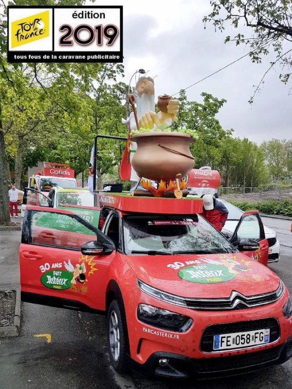 Caravane Du Tour De France : caravane, france, Photo, Caravane, France, Tourism, Company, Information, Center