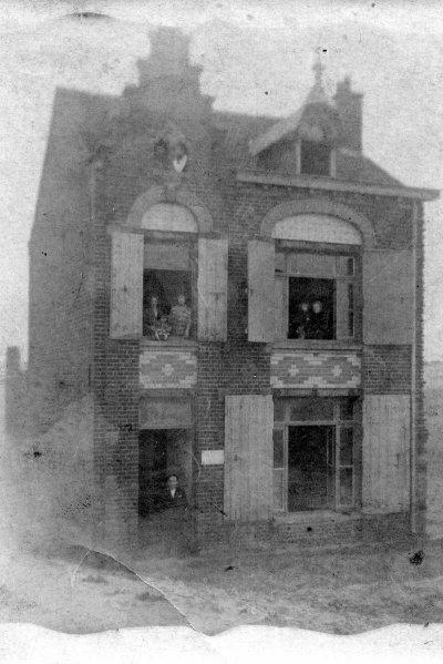 La Maison Du Pendu : maison, pendu, Histoire, Laison, Pendu, Clipon, Dunkerque, Petite, Famille