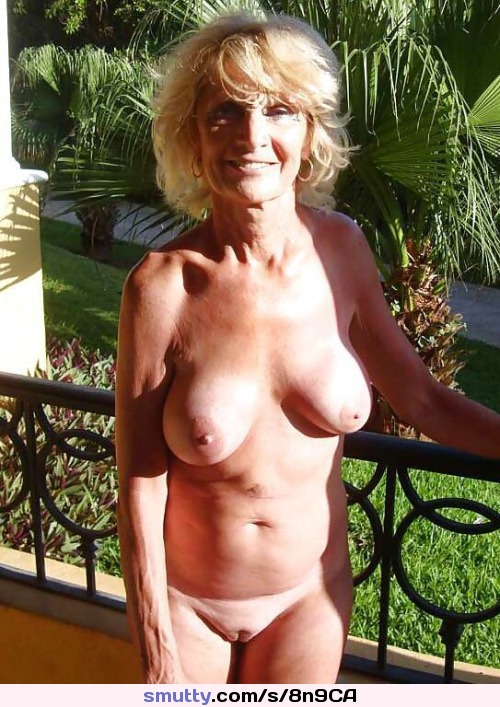 Old cougars naked Mature XXX