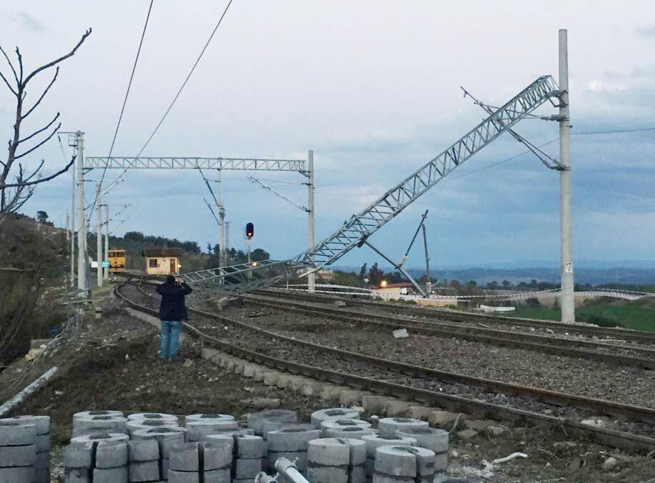 tren-yolu-tamir-makinesi-1000-3
